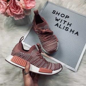 NWOB Adidas NMD R1's In Ash Pink